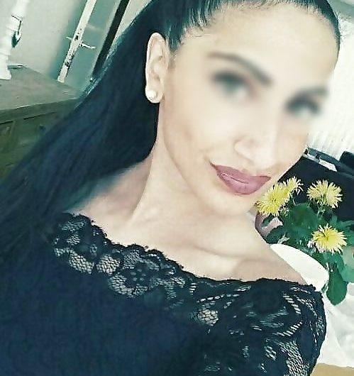 Jolie meuf arabe sexy rech plan baise sur Nice